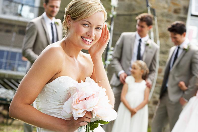 Double Scoop new bride wedding dress